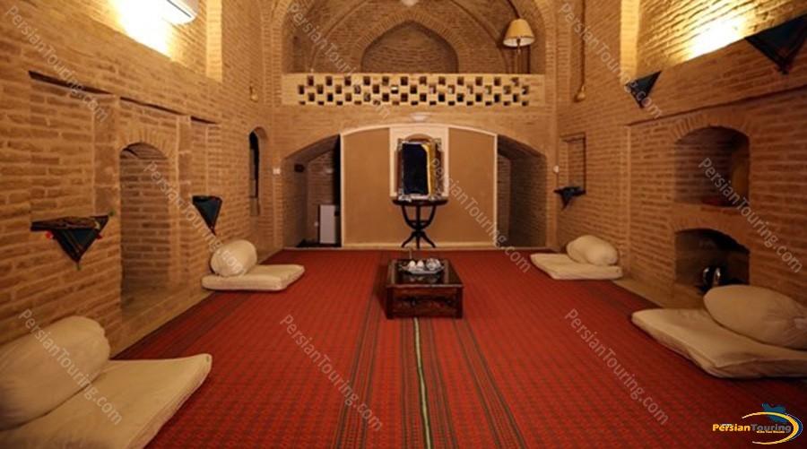 kuhpa-caravanserai-isfahan-shah-neshin-room-3