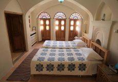 manouchehri-traditional-hotel-kashan-6 beds room-4