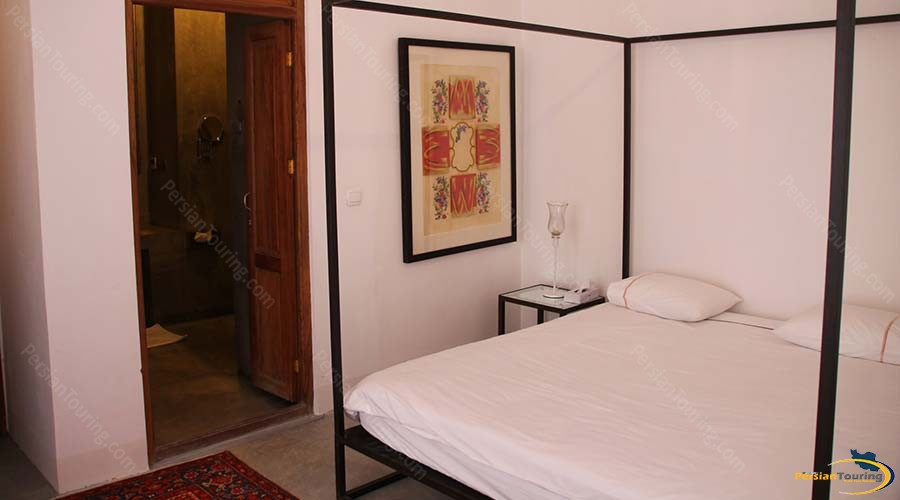 manouchehri-traditional-hotel-kashan-double-room-45