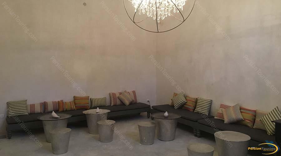 manouchehri-traditional-hotel-kashan-labby-1