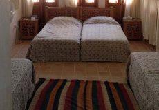 manouchehri-traditional-hotel-kashan-quadruple-room-1