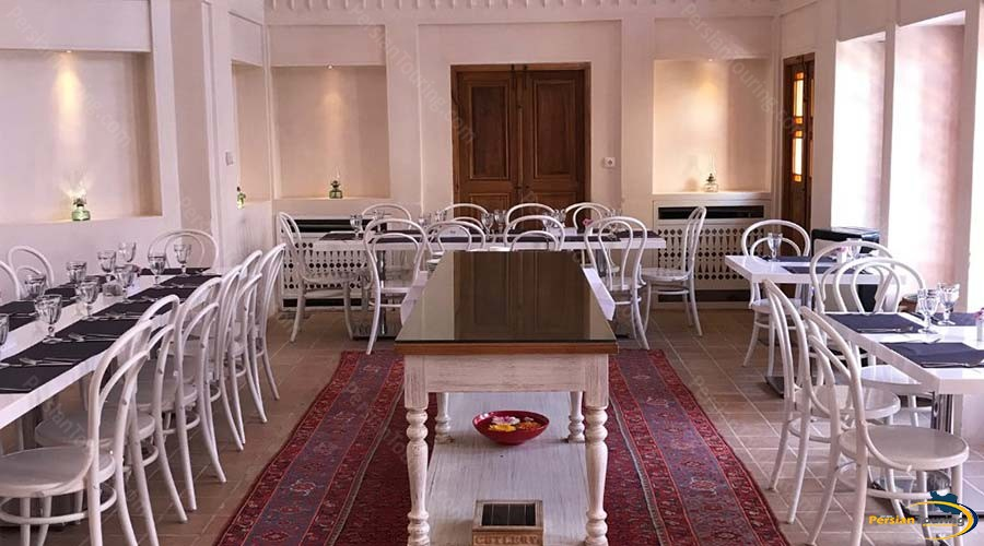 manouchehri-traditional-hotel-kashan-restaurant-1