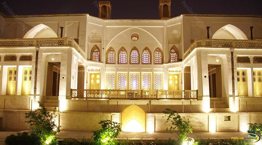 manouchehri-traditional-hotel-kashan-view-3