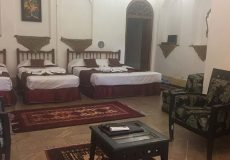 mehr-traditional-hotel-yazd-quadrople-room-1