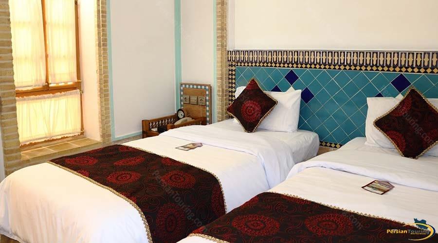 moshir-al-mamalek-garden-hotel-yazd-twin-room-1