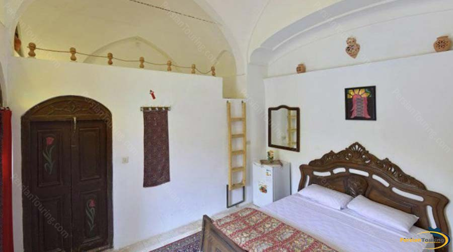negin-traditional-hotel-kashan-double-room-3