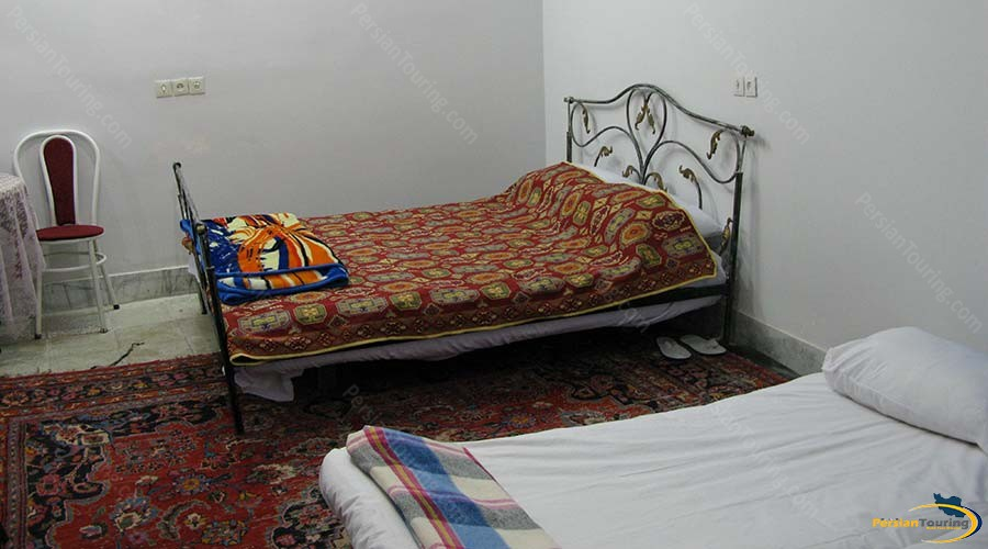 negin-traditional-hotel-kashan-triple-room-1