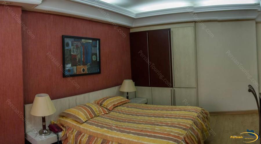 pariz-hotel-tehran-royal-suite-1