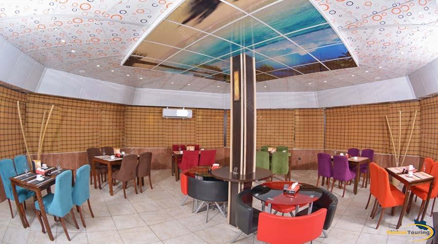 park-saadi-hotel-shiraz-cafe-1