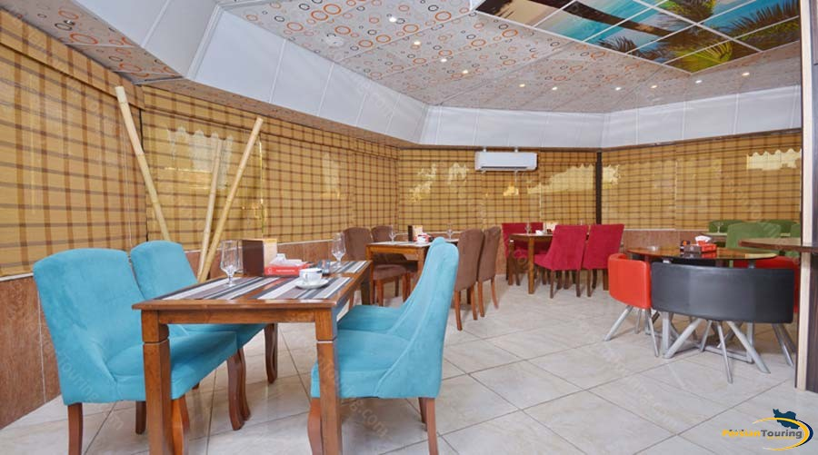 park-saadi-hotel-shiraz-cafe-3
