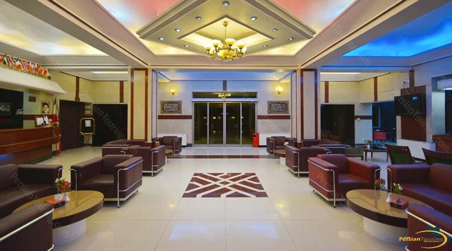 park-saadi-hotel-shiraz-labby-3