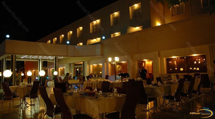 park-saadi-hotel-shiraz-restaurant-1