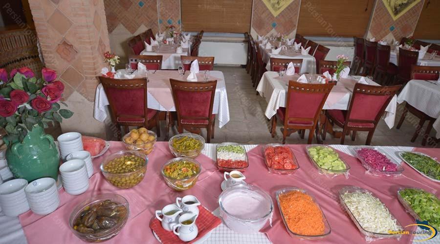 park-saadi-hotel-shiraz-restaurant-2