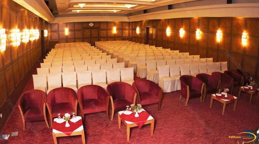 pars-hotel-shiraz-conferance-hall-1