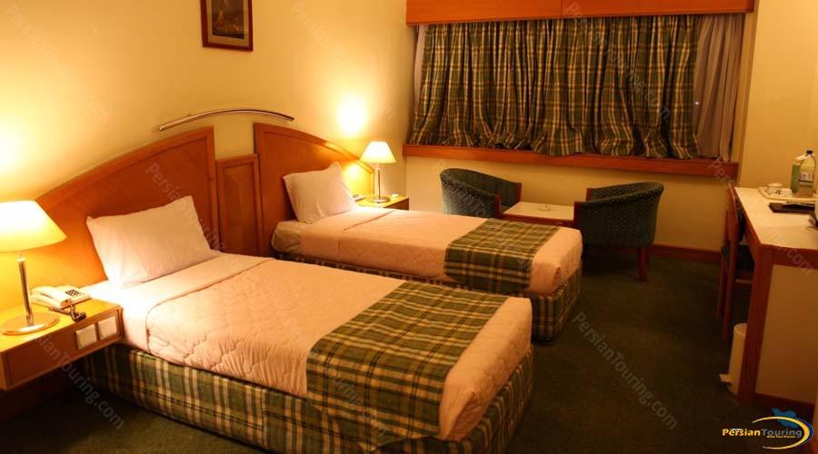 pars-hotel-shiraz-royal suite-3