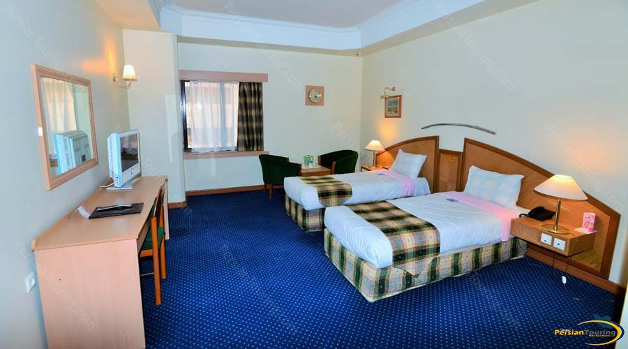 pars-hotel-shiraz-twin-room-4