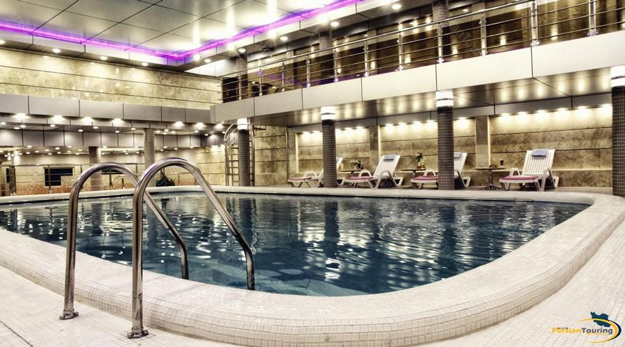parsian-kowsar-hotel-tehran-pool-1