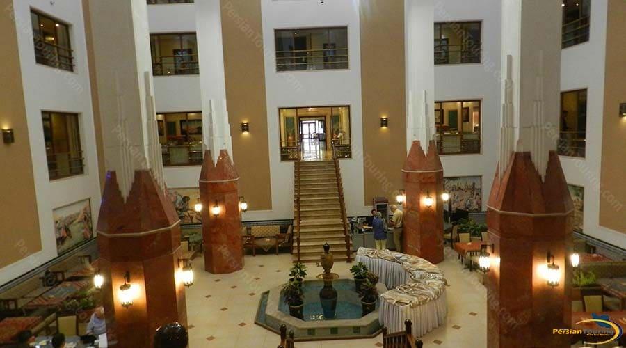 parsian-safaiyeh-hotel-yazd-yard-1