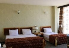 parsian-suite-hotel-isfahan-triple-room-6