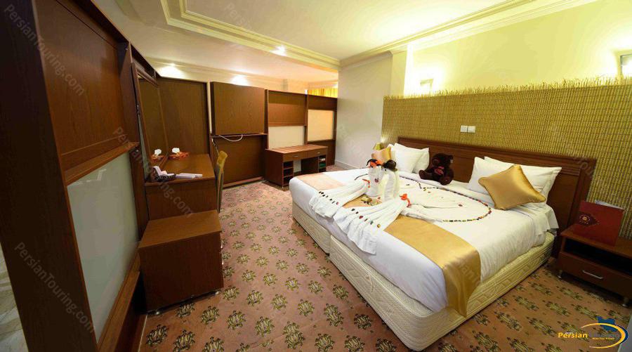 piroozy hotel isfahan (4)