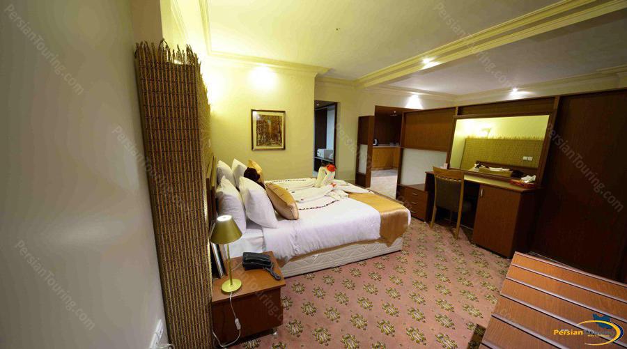 piroozy hotel isfahan (5)