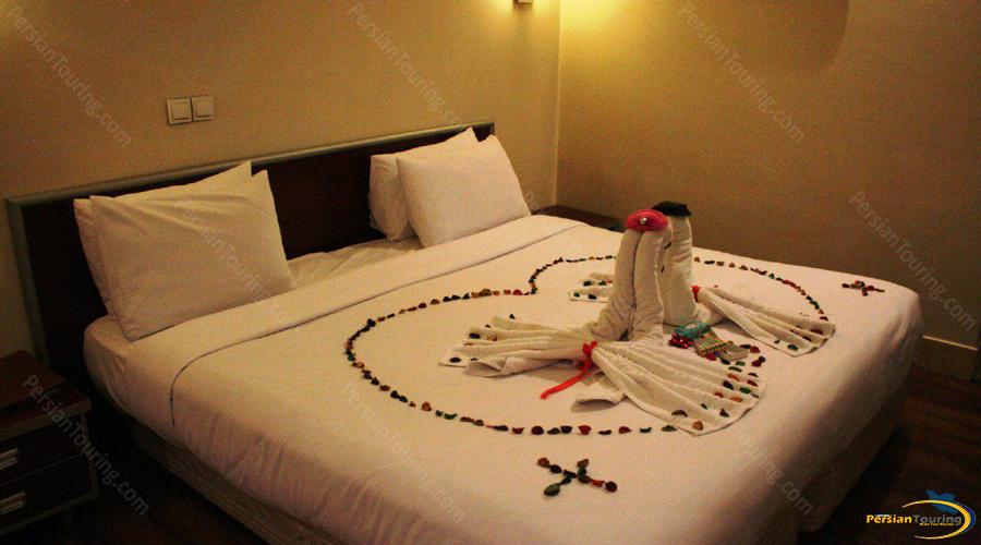 piroozy hotel isfahan (9)