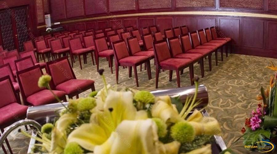 royal-hotel-shiraz-conference-hall-1