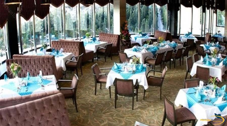 royal-hotel-shiraz-restautant-1