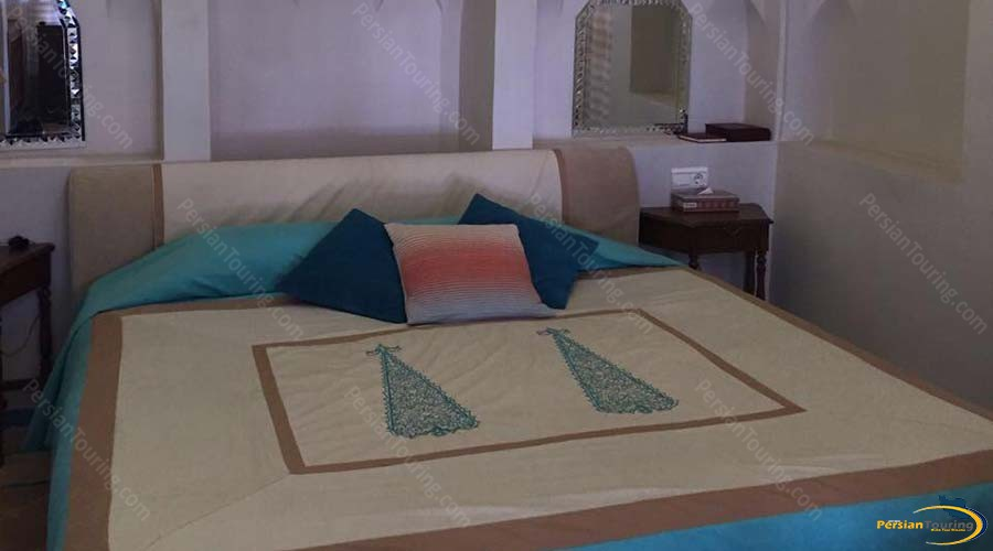 saraye-ameriha-boutique-hotel-kashan-double-room-2
