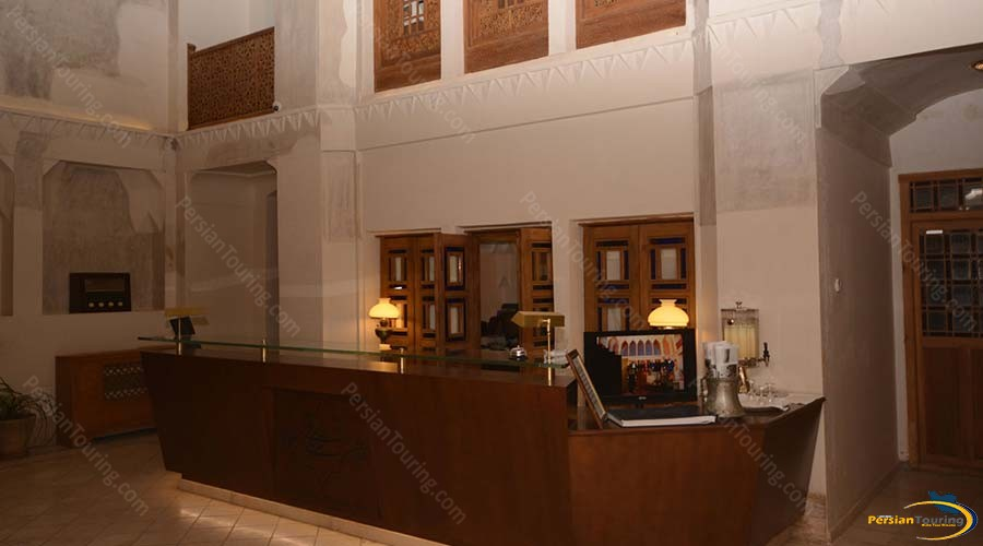 saraye-ameriha-boutique-hotel-kashan-recepsion-3