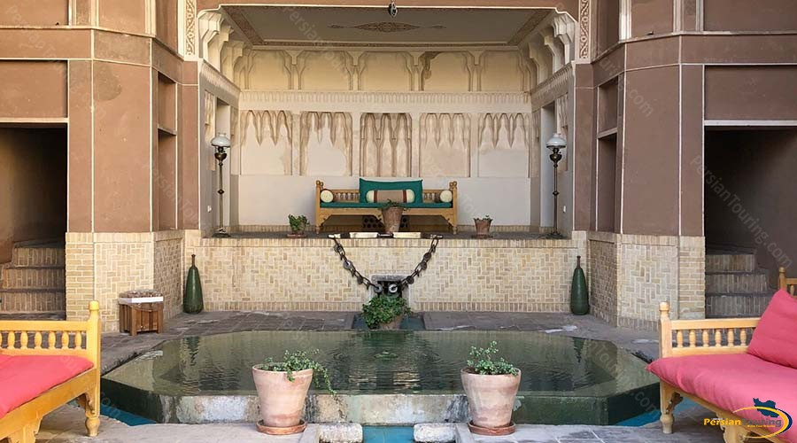 saraye-ameriha-boutique-hotel-kashan-wind-catcher-1