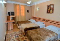 sepahan-hotel-isfahan-triple-room-1