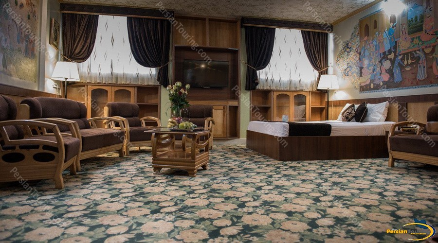 setareh-hotel-isfahan-double-suite-1
