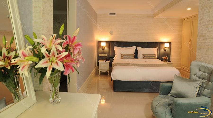 simorgh-hotel-tehran-double-room-2