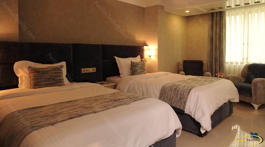 simorgh-hotel-tehran-twin-room-1