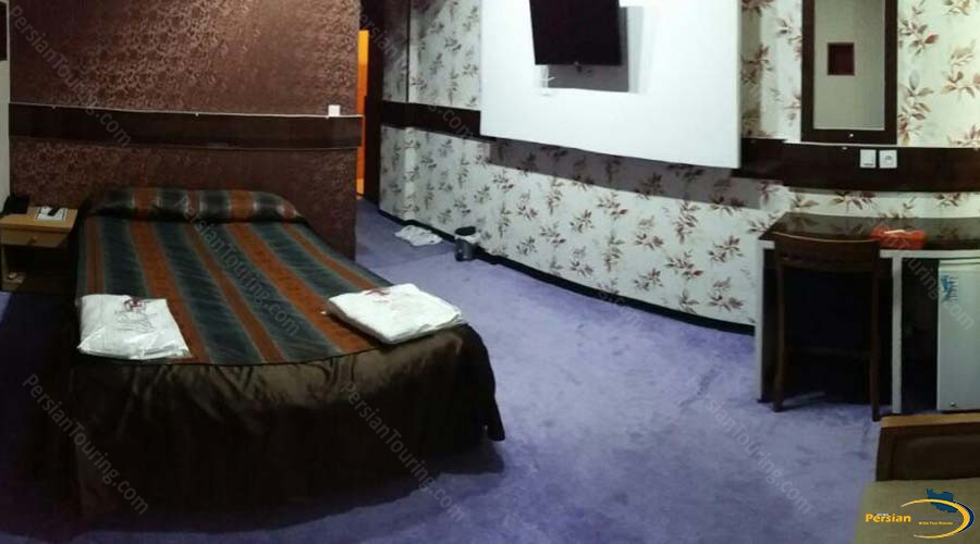 talar-hotel-shiraz-single-room-1
