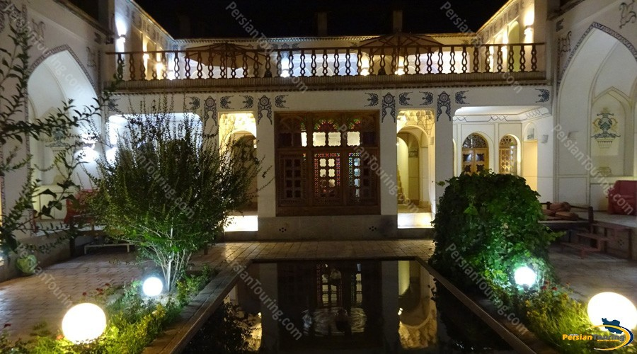 traditional-hotel-isfahan-3