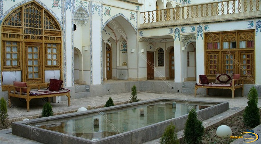 traditional-hotel-isfahan-5
