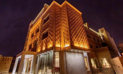 zandiyeh-hotel-shiraz-building