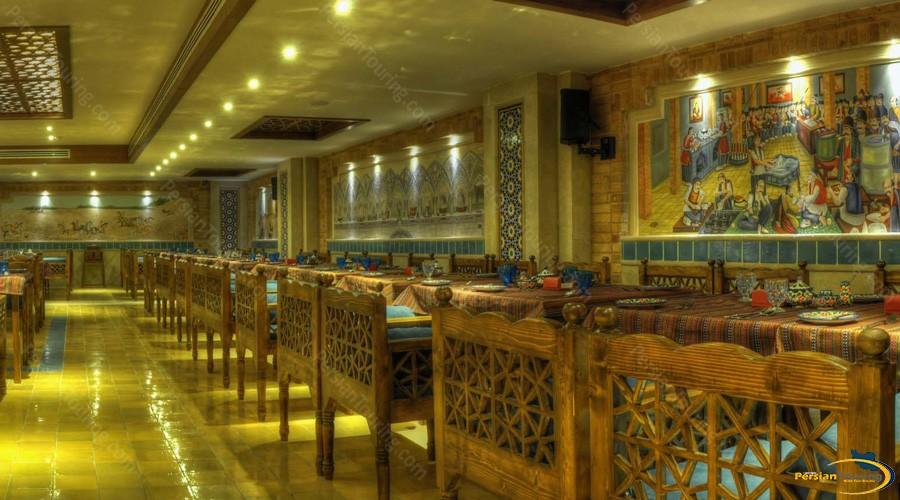 zandiyeh-hotel-shiraz-restaurant