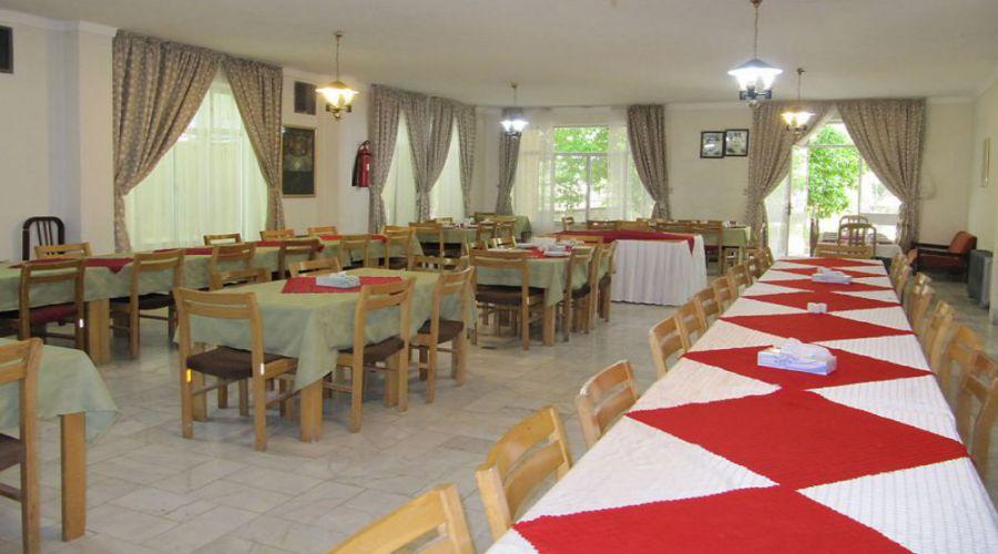 Jahangardi Hotel Estahban (1)