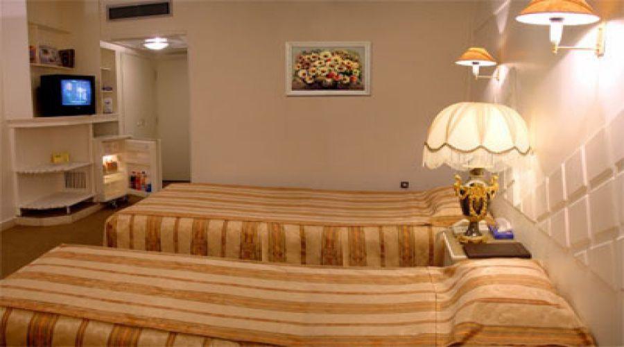 Zagros Hotel Arak (1)