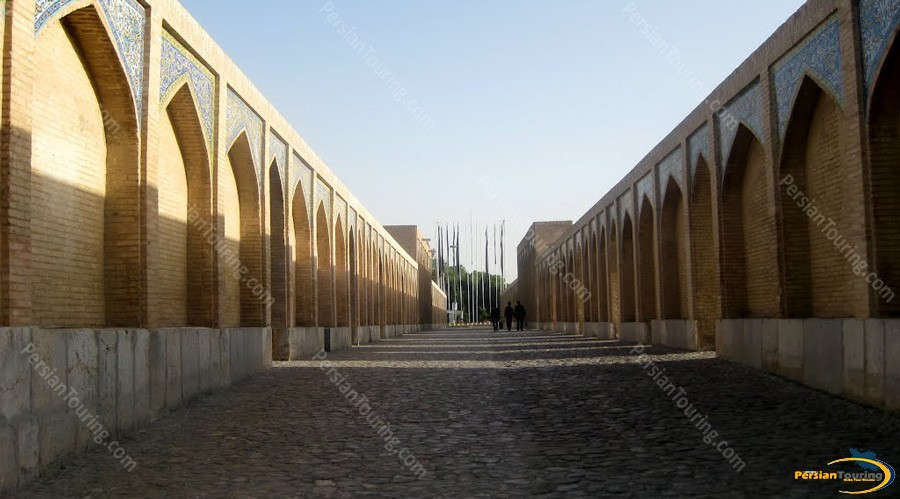 khaju-bridge-isfahan-7