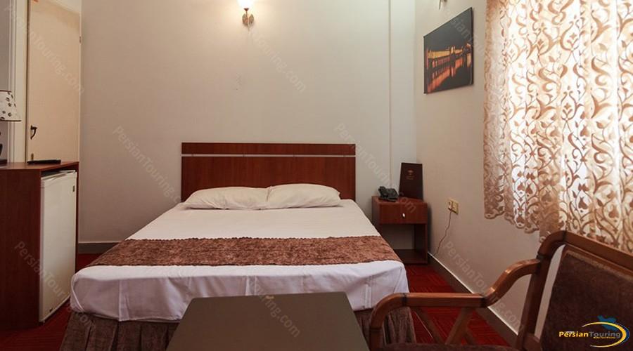 markazi-hotel-tehran-double-room-1