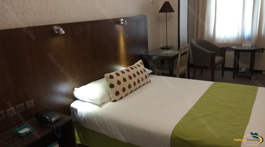 mashhad-hotel-tehran-single-room-2