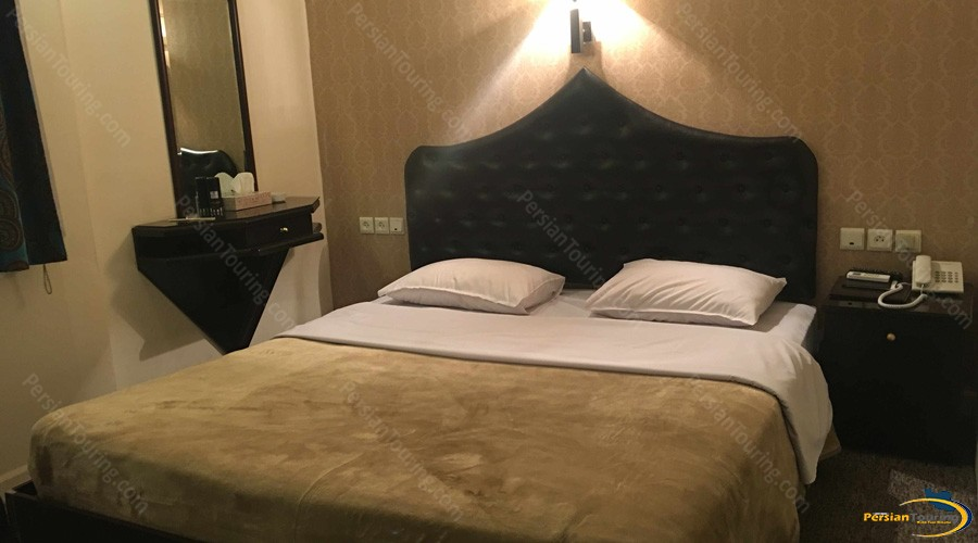 safir-hotel-tehran-double-room-1