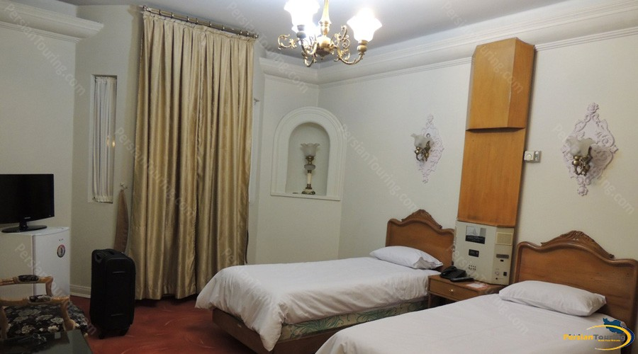 shahr-hotel-tehran-twin-room-2