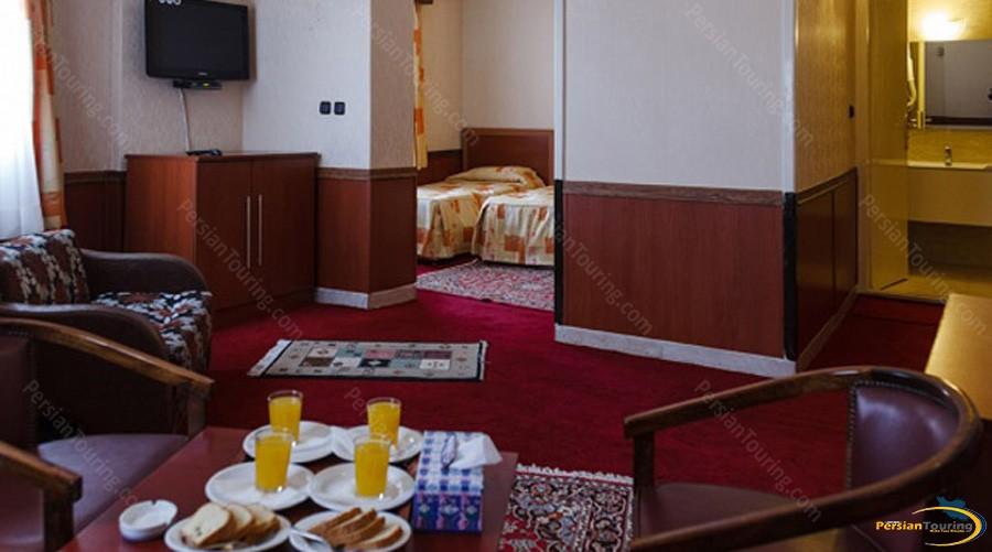 shiraz-hotel-tehran-suite-1