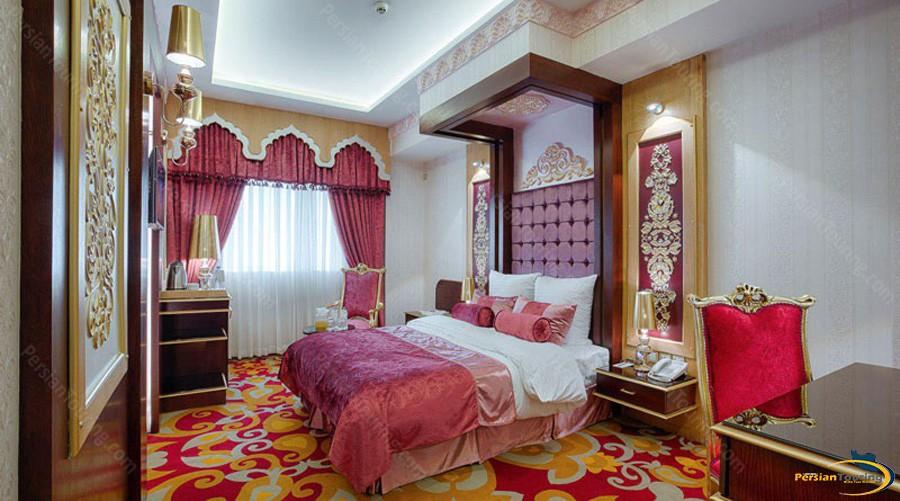 almas-2-hotel-mashhad-agra-room