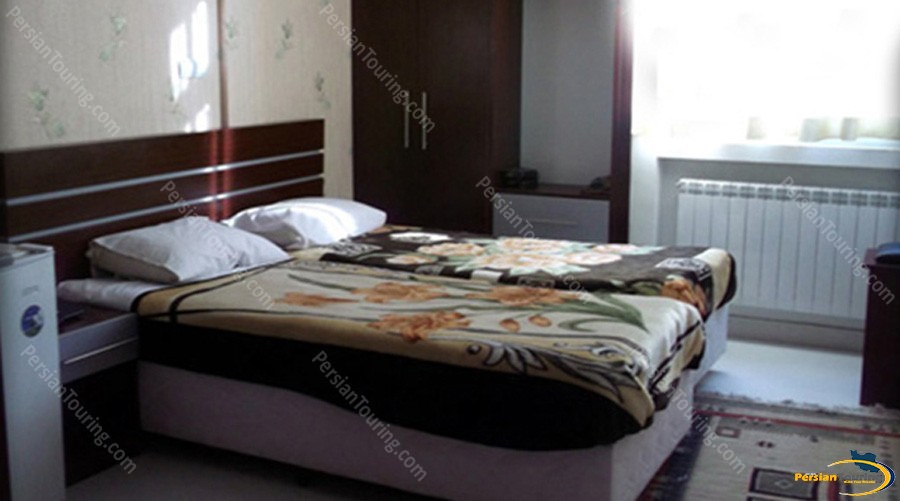 ava-hotel-isfahan-twin-room-2